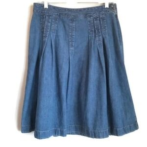 loft pleated soft denim skirt size 6